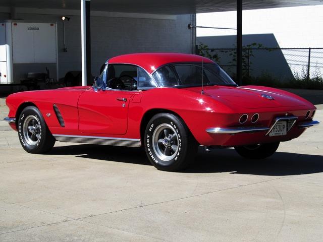 1962 Chevrolet Corvette Convertible 111015