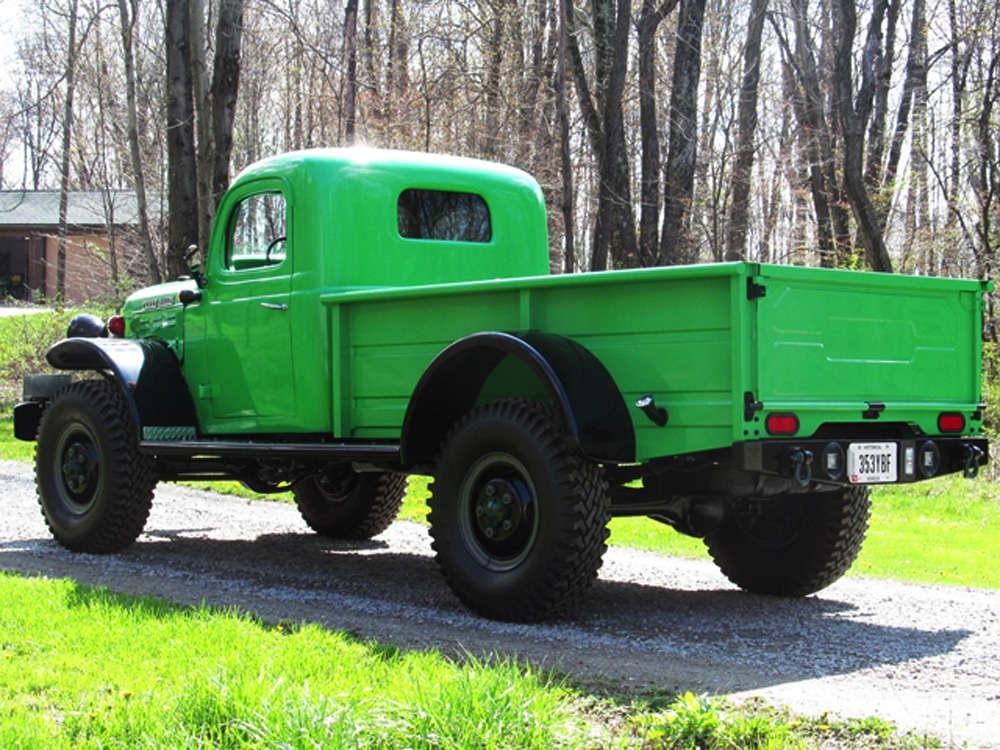 1957 Dodge Power Wagon 111027